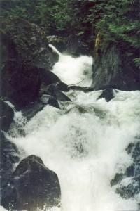 08 Обманчивые водопады