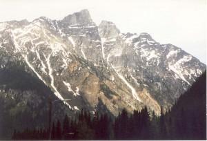11 a Каскадные горы