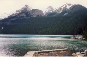 13 Lake Luise