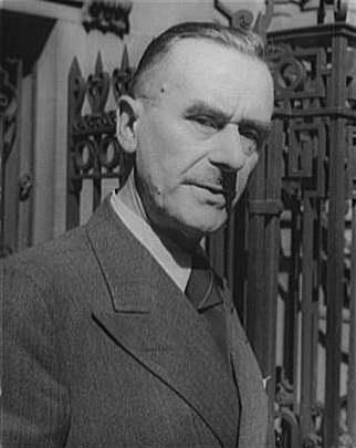 Thomas_Mann_1937[1]