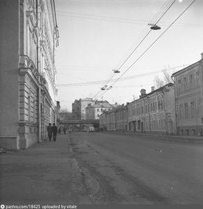 Ульяновская улица